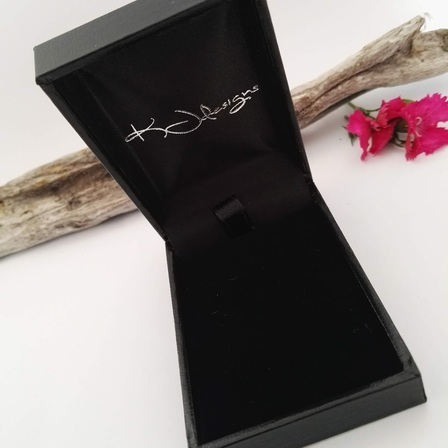 Leatherette Gift Box for Pendants